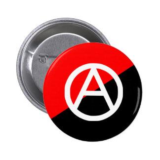Anarquía blanco y negro roja de la bandera del ana pin