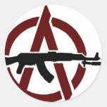 ¡Anarquía!  Pegatina del rojo de AK-47