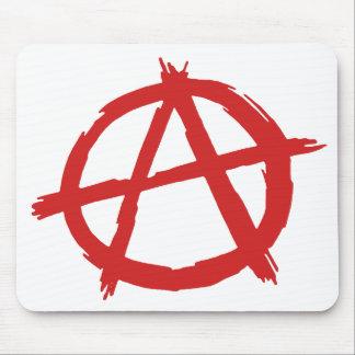 Anarquista rojo un logotipo de la anarquía del tapetes de ratón