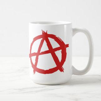 Anarquista rojo un logotipo de la anarquía del taza