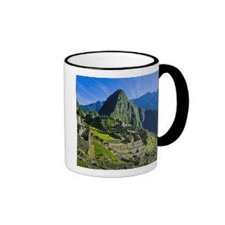 Ancient Machu Picchu, last refuge of the 2 Mugs