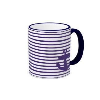 Ancla de la marina de guerra con las rayas bretona tazas de café