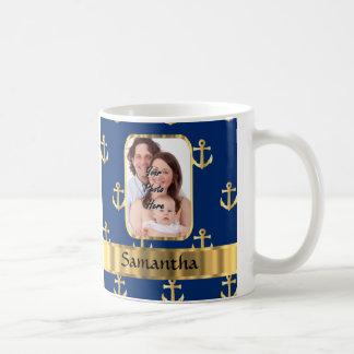 Ancla del azul y del oro modelada taza clásica