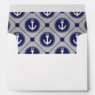 Ancla náutica del gris azul alineada sobres