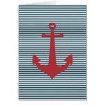 Ancla náutica roja en fondo azul rayado tarjeta