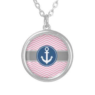 Ancla náutica rosada Chevron Colgante Redondo