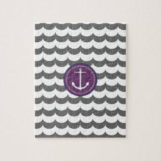 Ancla púrpura y gris con el modelo de ondas puzzle con fotos