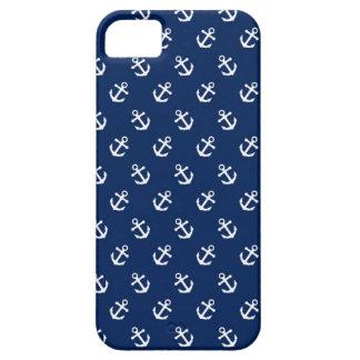 Anclas blancas en azules marinos iPhone 5 funda