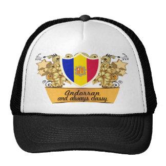 Andorrano con clase gorros