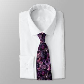 Anémonas en púrpura oscura corbata personalizada