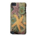 Anémonas verdes gigantes y estrellas de mar ocres funda para iPod touch 5G