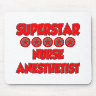 Anesthetist de la enfermera de la superestrella alfombrillas de ratón
