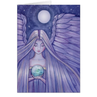 Ángel con la pequeña tarjeta de la tierra por