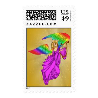 Ángel con las alas del arco iris franqueo