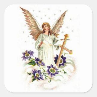 Ángel con las flores de la cruz y del Clematis Pegatina Cuadrada