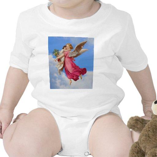 Ángel de guarda y camisa del niño del niño