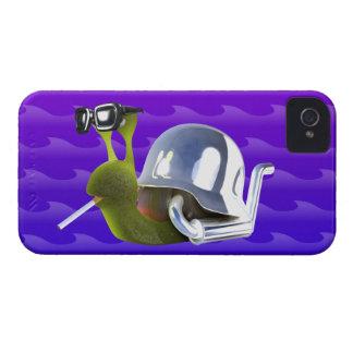 ángel de infiernos del caracol del motorista 3d funda para iPhone 4 de Case-Mate