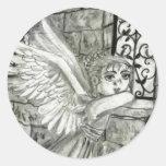 Ángel de la iglesia pegatina redonda