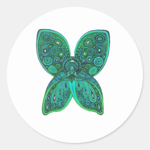Ángel de la mariposa con las alas del verde azul etiqueta redonda