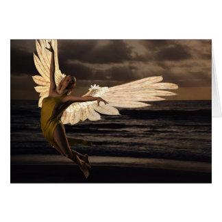 Ángel de la puesta del sol de oro (espacio en tarjeta de felicitación