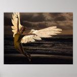 Ángel de la puesta del sol de oro poster