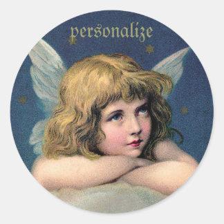 Ángel de reclinación del vintage - personalice pegatina redonda