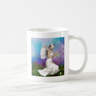 Ángel de rogación taza de café
