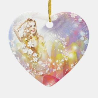 Ángel del amor adorno de cerámica en forma de corazón