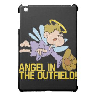 Ángel del campo abierto