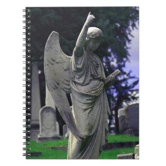 Ángel del cementerio cuaderno