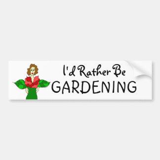 """Ángel del jardín """"estaría cultivando un huerto bas pegatina de parachoque"""