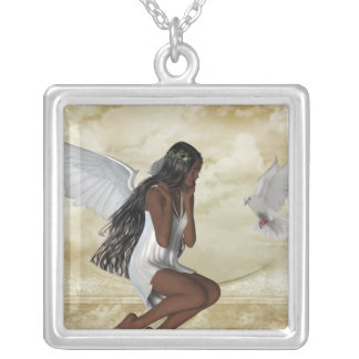 Ángel del KRW y el collar de la plata esterlina de