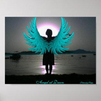 Ángel en el amanecer póster
