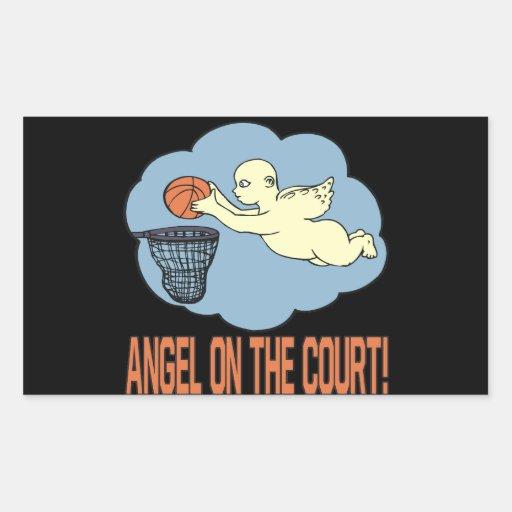 Ángel en la corte rectangular altavoces