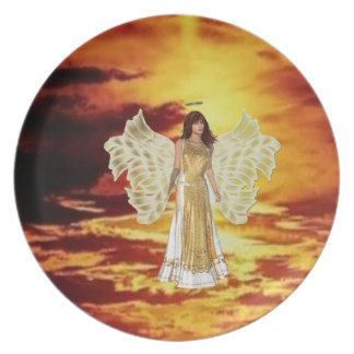 Ángel en la placa del cielo platos de comidas