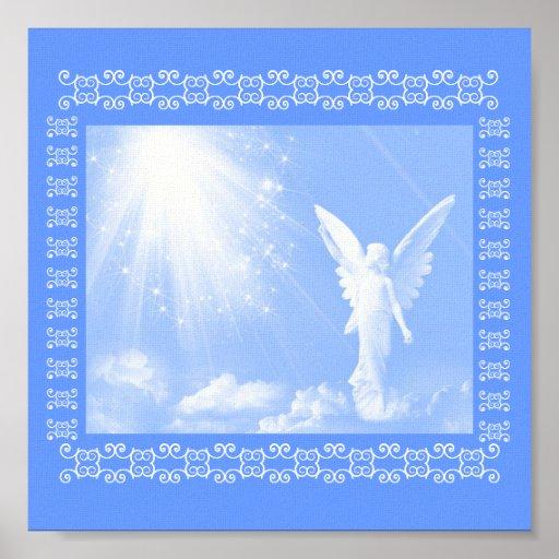 Ángel en las nubes poster