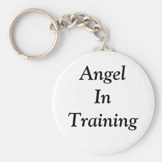 Ángel en llavero del entrenamiento