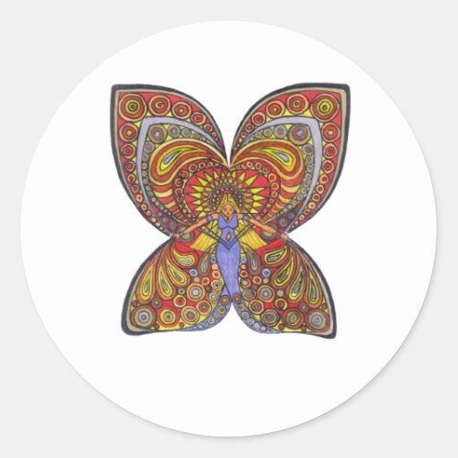 Ángel en un vestido azul con las alas de la maripo etiquetas redondas
