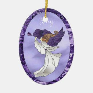 Ángel en vitral púrpura adorno navideño ovalado de cerámica