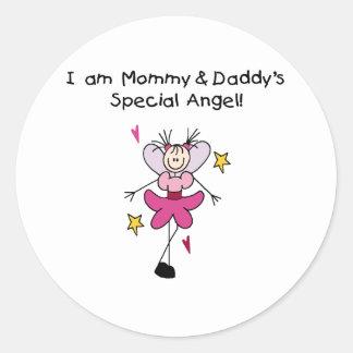 Ángel especial de la mamá y del papá pegatina redonda
