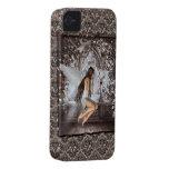 Ángel gótico y su paloma Case-Mate iPhone 4 fundas