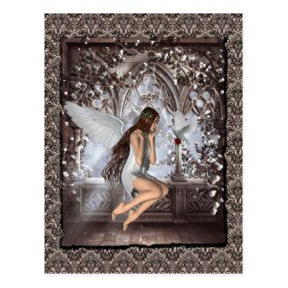 Ángel gótico y su paloma tarjeta postal