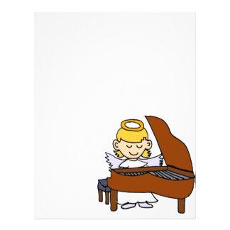 Ángel maravilloso del chica que juega el piano membrete personalizado