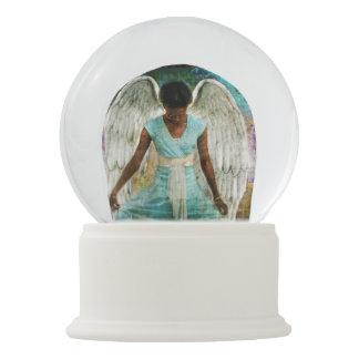 Angel of Gratitude Snow Globe