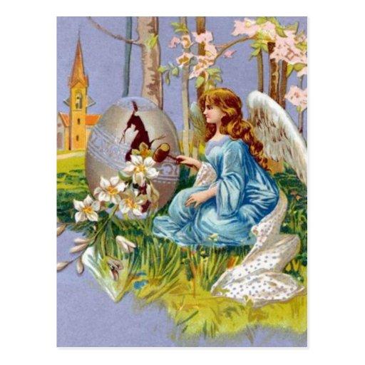 Ángel que abre un huevo de Pascua Tarjetas Postales