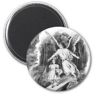 Ángel que guarda a un niño del chica imán redondo 5 cm