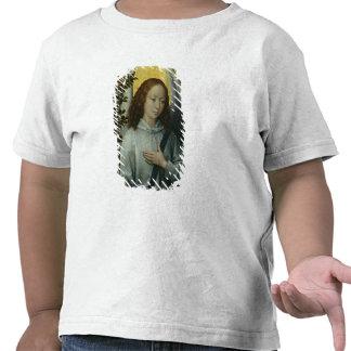 Ángel que lleva a cabo una rama de olivo camiseta