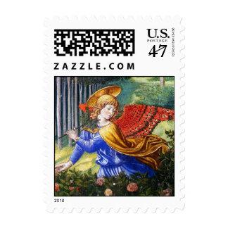 Ángel que recolecta las flores en un paisaje sello postal