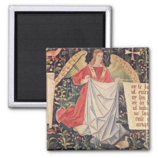 Ángel que sostiene la cubierta imán cuadrado