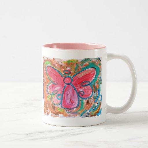 ángel rosado para las hojas de la caída taza